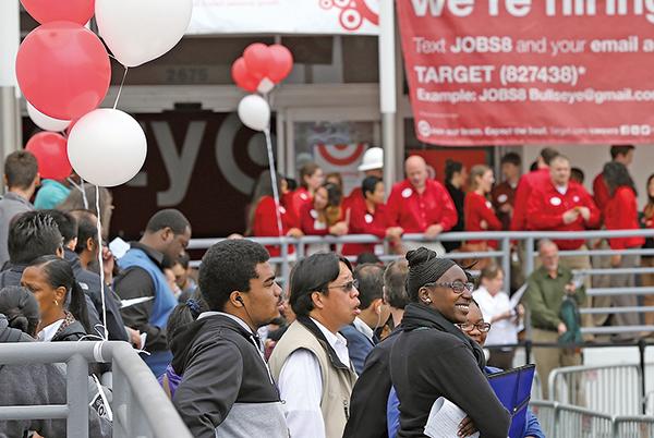 美國新開職缺增4.7% 企業招工面臨挑戰