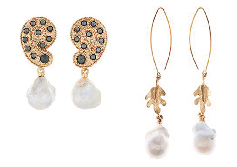 左圖─ Oscar de la Renta 巴洛克珍珠製成的泰姬陵耳環。(Oscar de la Renta 官網) 右圖─Oscar de la Renta 由巴洛克珍珠和鍍金的橡樹葉打造的橡子耳環。(Oscar de la Renta 官網)