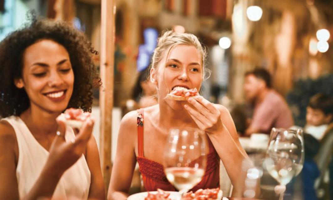 一些錯誤的生活方式可能會減緩新陳代謝,使減肥變得困難,這些經常性的習慣也會使人日後更容易發胖。(Adrienn/Pexels)