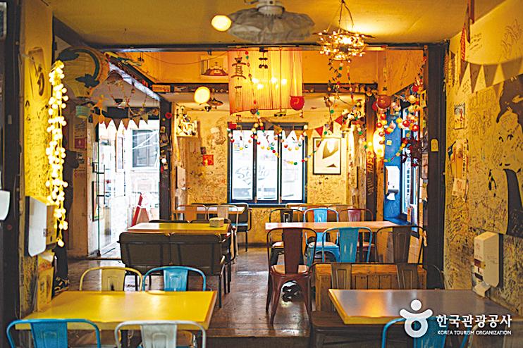 南韓旅遊餐廳推薦─屋頂月光