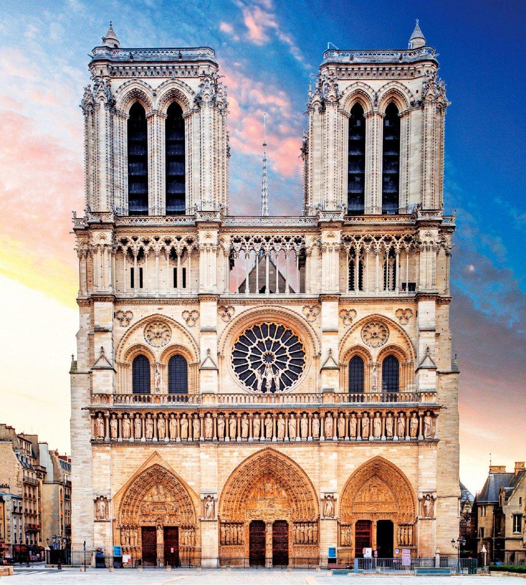巴黎聖母院的雙塔是典型的哥特式教堂的結構。(公有領域)