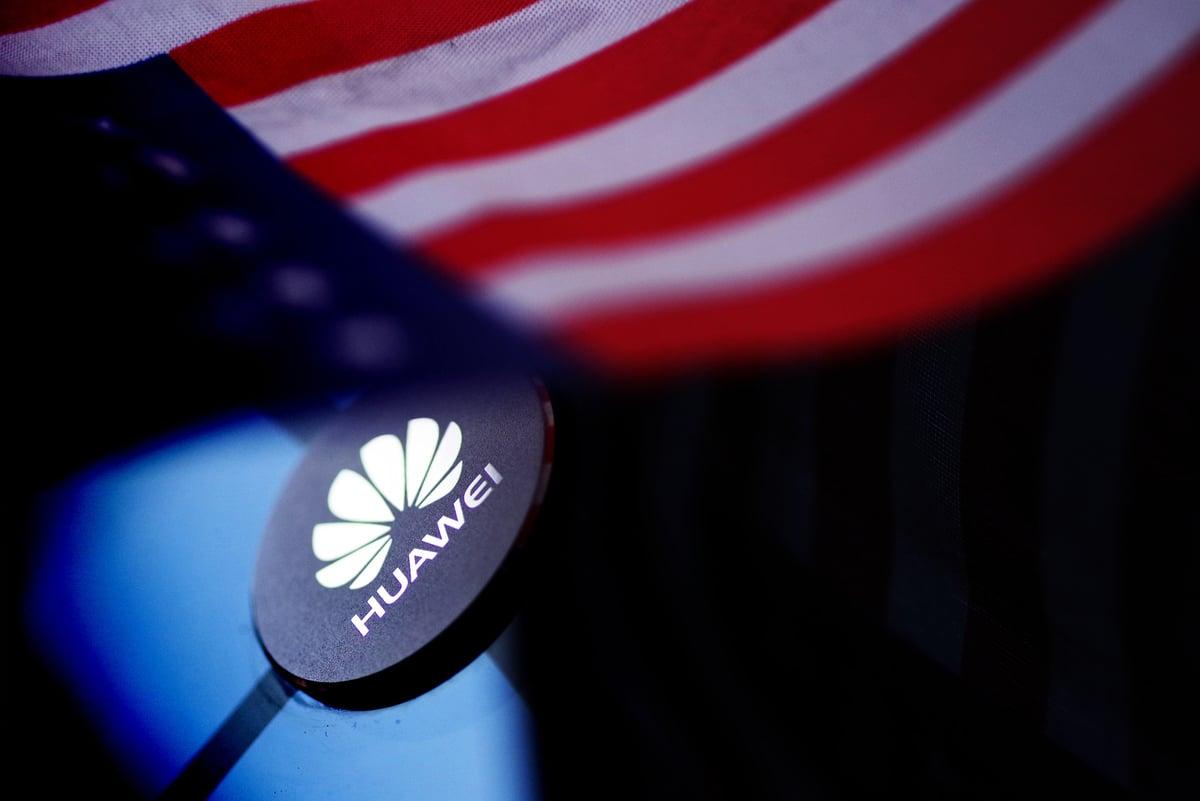 美國商務部美東時間5/15日對華為發出「禁售令」後,周末,路透社就披露,美國科技巨頭谷歌,已暫停與華為合作。(大紀元資料室)