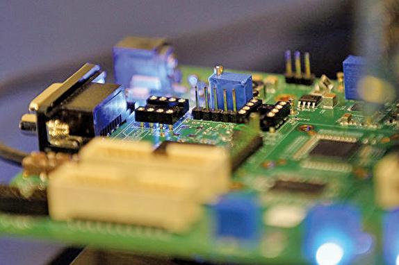陸媒:陸晶片業人才缺三十二萬