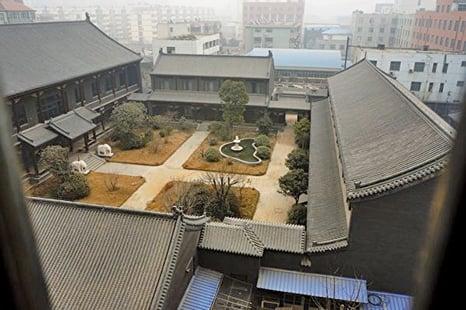 中共後勤部前副部長谷俊山在河南未拆前的「將軍府」。(大紀元資料室)