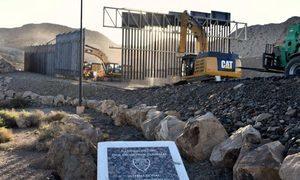 美國老兵耗資八百萬建牆  一塊錢賣給政府