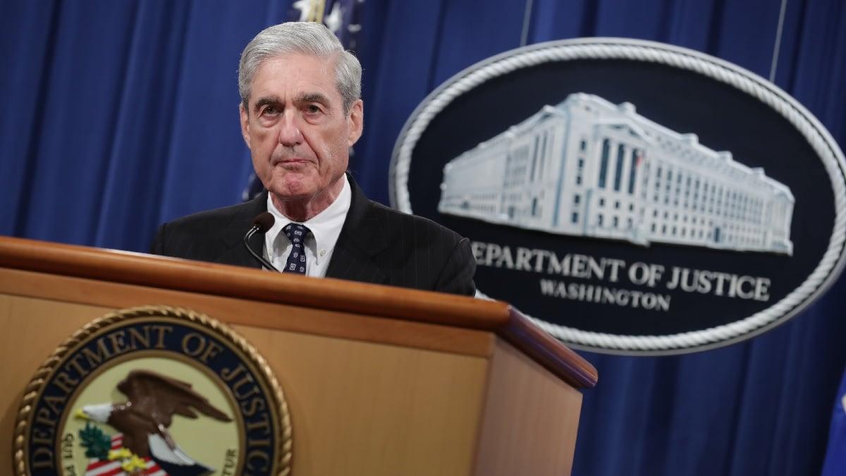 5月29日,穆勒(Robert Mueller)召開新聞發佈會,宣佈通俄門調查結案,關閉特別檢察官辦公室。(Chip Somodevilla/Getty Images)