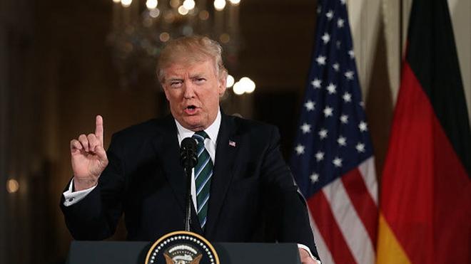 特朗普5月30日在華盛頓表示,他徵收關稅正在給中共帶來「毀滅性的影響」。(Justin Sullivan/Getty Images)