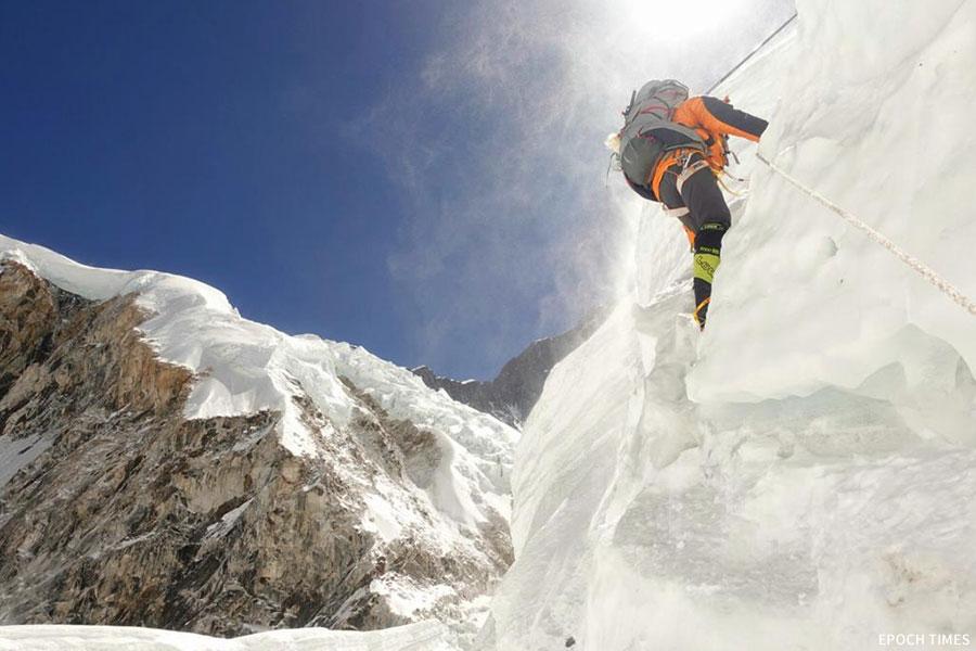 珠峰攀山隊訓練有素,帶備充足裝備攀登珠峰。(公關提供)