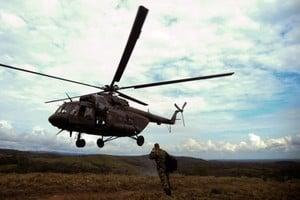 哥倫比亞軍用直升機墜毀 17軍人全罹難