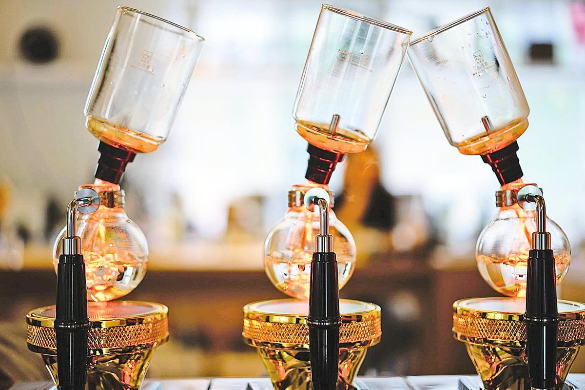 萃取好喝的精品咖啡需要不斷嘗試。