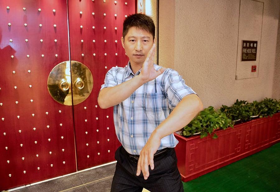 世界首屆詠春公開賽奪雙料冠軍黎懿徵。(余鋼/大紀元)