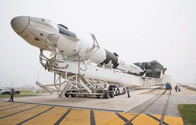 美國太空總署(NASA)將向私人和更多商業企業開放國際空間站。圖為用於商業旅行的SpaceX獵鷹9號(Falcon 9)火箭。(NASA via Getty Images)