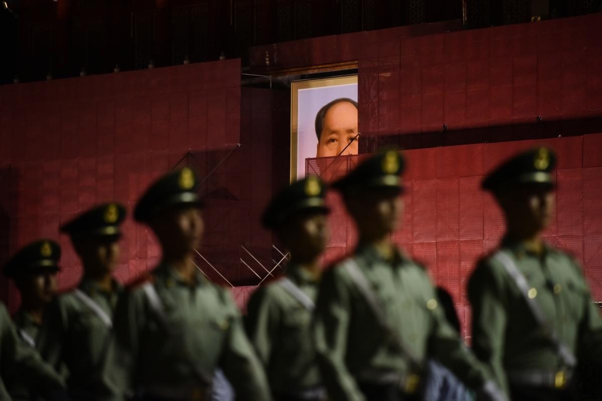 「六四」前夕,中共如臨大敵,南部戰區和廣東警方緊急部署,戒備香港突發狀況。(AFP)