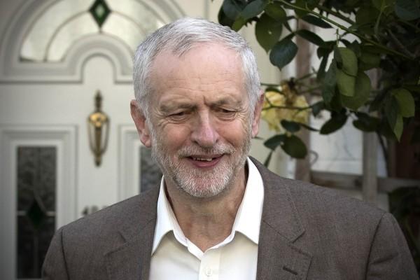6月28日,英國最大的反對黨工黨的議會議員以172票對40票的大比數通過對工黨領袖科爾賓(Jeremy Corbyn)的不信任動議。(Carl Court/Getty Images)