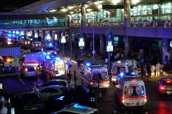 當地時間28日晚,土耳其伊斯坦堡阿塔圖克國際機場發生3宗自殺式爆炸。(Mehmet Ali Poyraz/Getty Images)