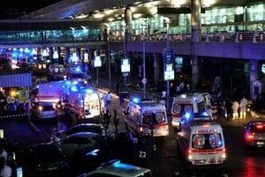土耳其機場遇恐襲 美停飛往返伊斯坦堡航班