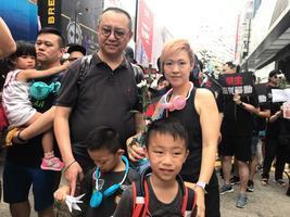 【6.16反送中】港媽心痛怒斥特首 六歲童:林鄭應下台