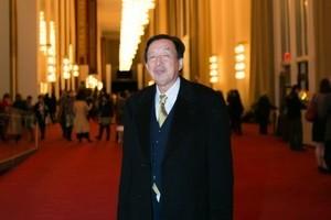 羅宇:港人必須譴責梁振英政府無理行為