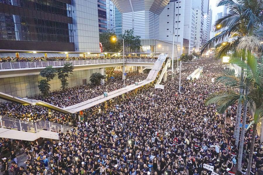 斬斷中共撕毀香港的四隻黑手