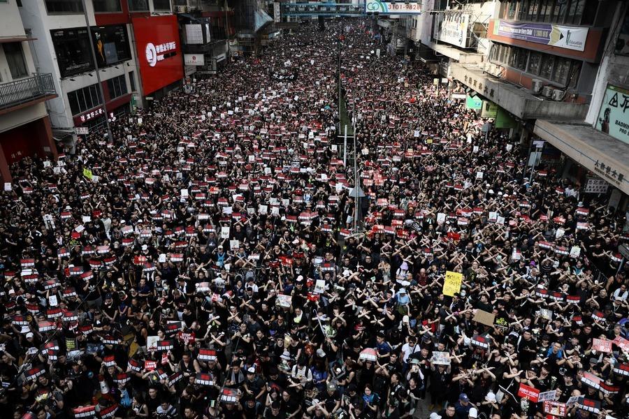 二百萬港人遊行震撼全球 香港社運邁進新紀元