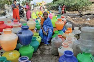 印度清奈水庫見底 四百六十萬人缺水