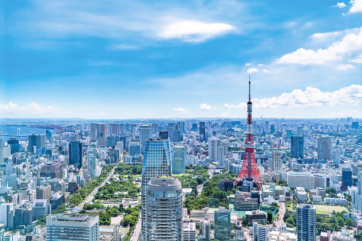 以東京等代表性的大都市,近年房地產需求旺盛,東京樓價高達平均年收入的12-15倍,不少上班族望「樓」興嘆(PIXTA)