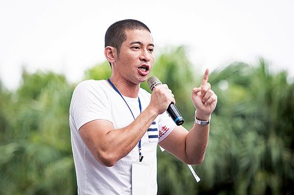教師:現在不站出來 台灣民主將消失