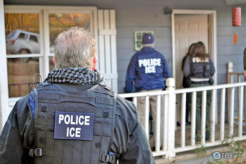 大規模驅逐非法移民行動 特朗普決定推遲兩周