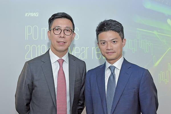 畢馬威資本市場主管兼合夥人劉國賢(左),畢馬威中國資本市場諮詢組合夥人劉大昌(右)(郭威利/大紀元)