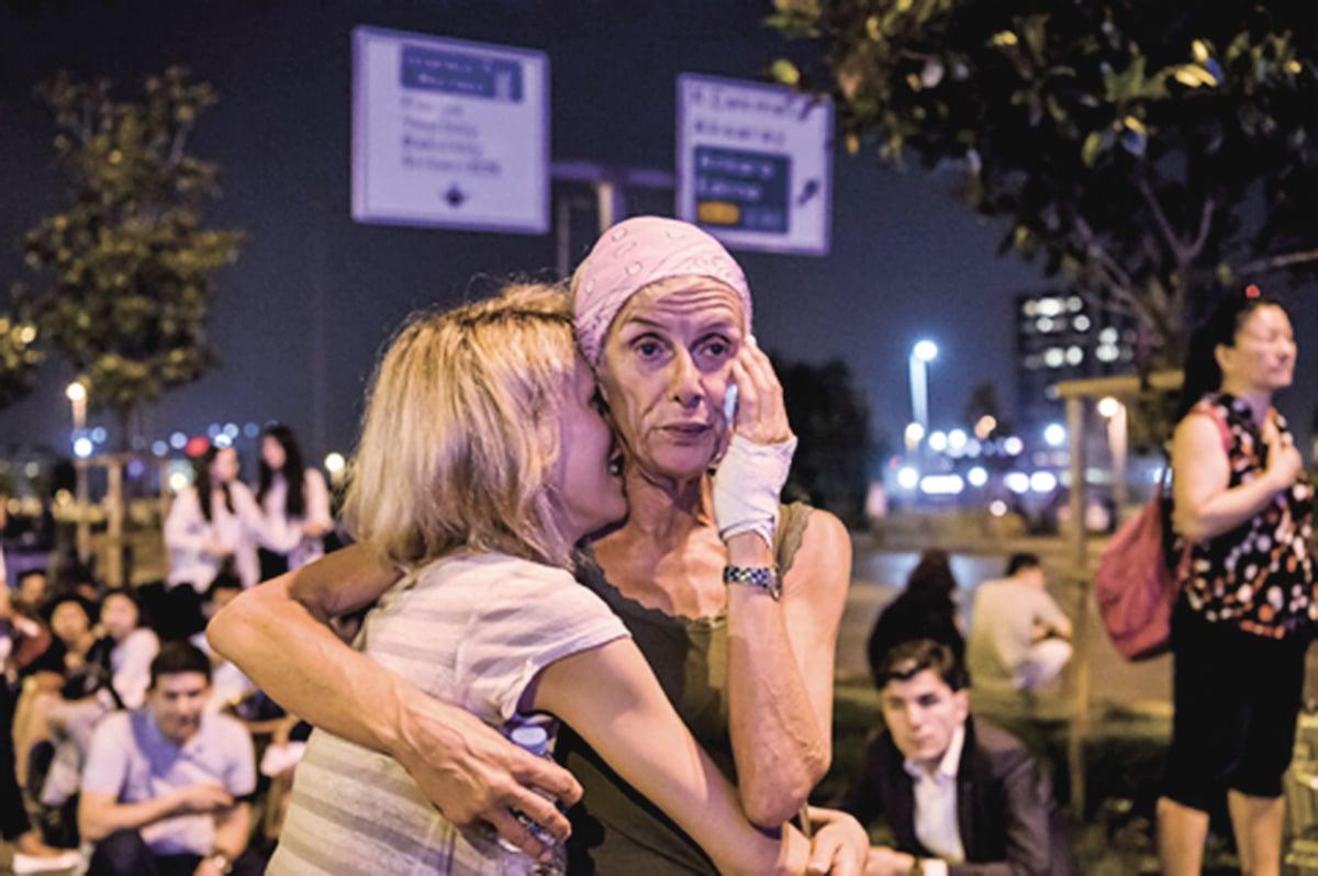 土耳其阿塔圖克機場(Ataturk)遭到恐怖襲擊,截至29日晚間,死亡41人,239人受傷。(AFP)