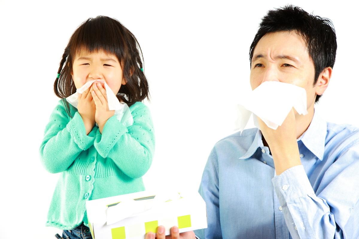 香港每四個人就有一個患鼻敏感(過敏性鼻炎),時時流鼻水打噴嚏,日常生活、工作和學習都大受影響。(Fotolia)