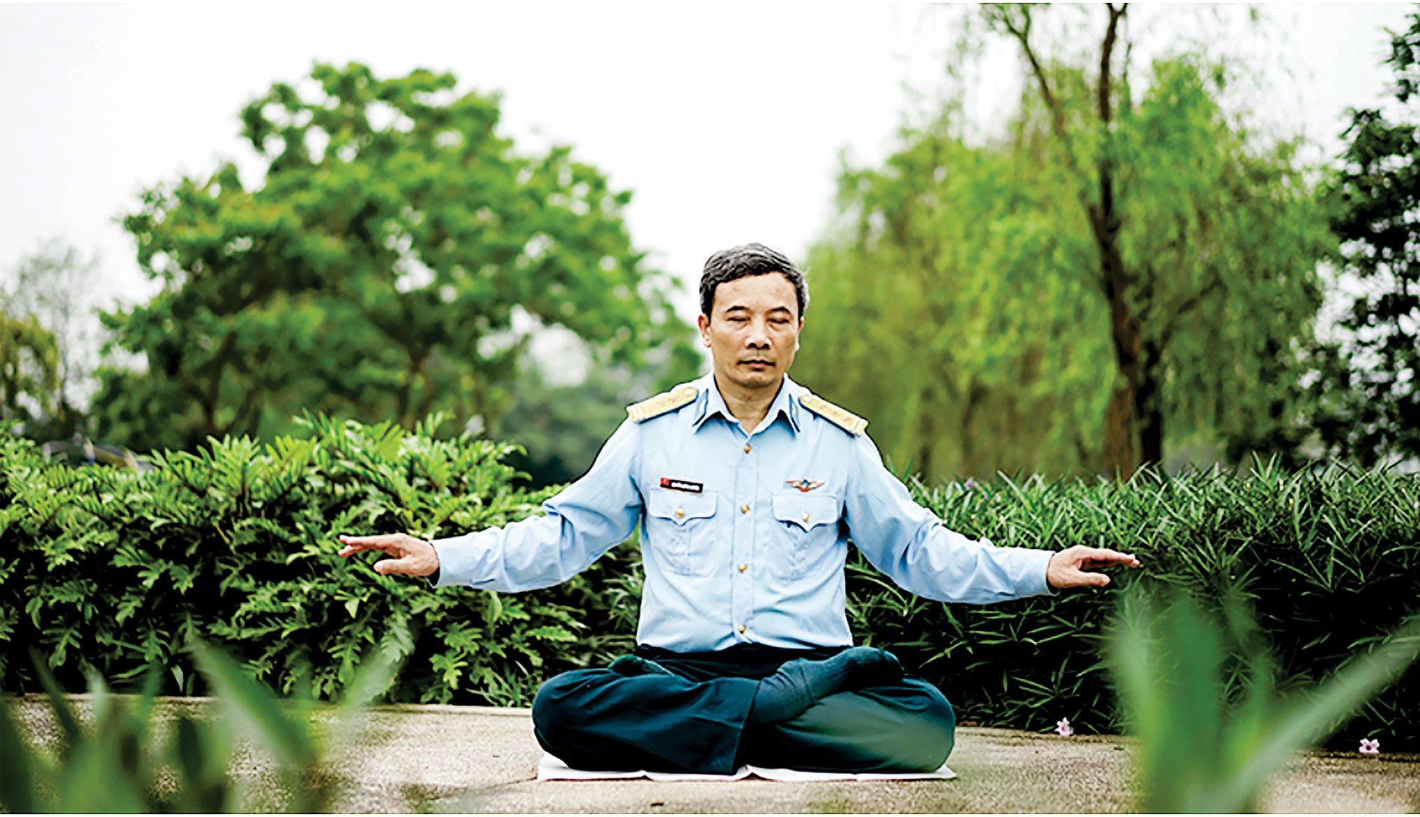 越南空軍中校Quynh Xuyen修煉法輪大法之後,重病全消。(Quynh Xuyen提供)