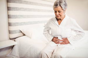 腎臟鹿角結石導致多次夜尿   軟式腎臟鏡擊碎頑石