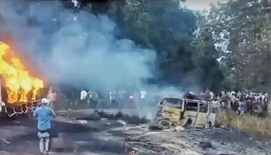 尼國油罐車翻覆  民眾收集漏油釀四十五死逾百傷