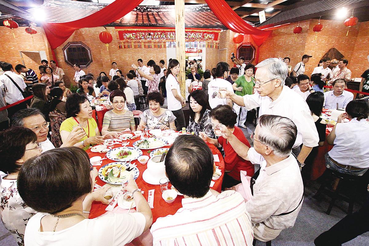 台灣獨特的辦桌文化,宴席上大多供應台式料理。