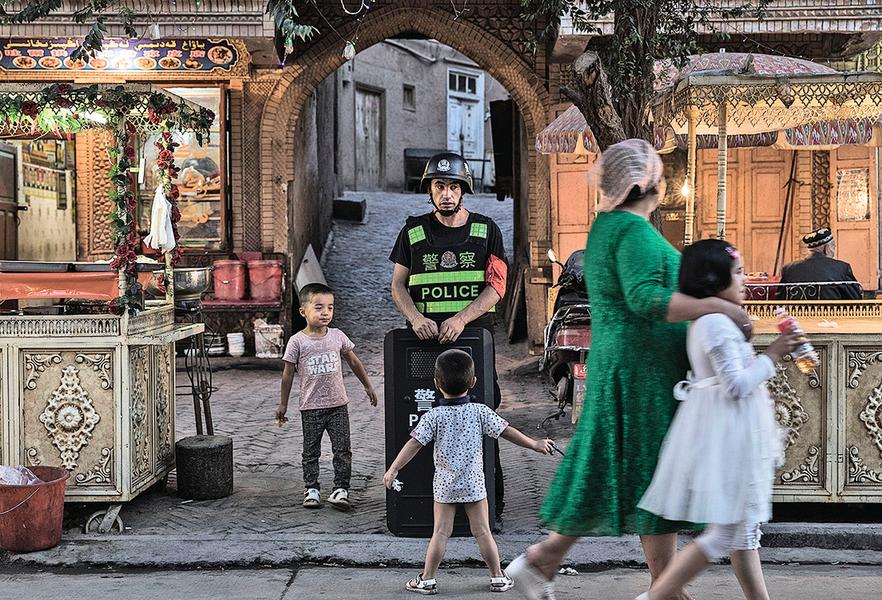 新疆廣設兒童「再教育營」