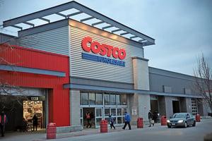 購物如旅遊 Costco和亞馬遜抗衡