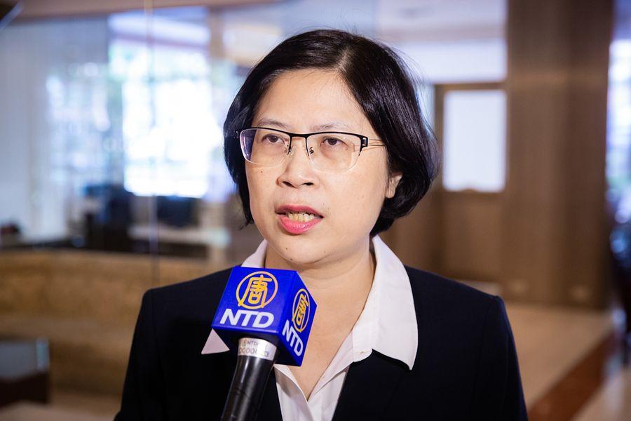 法輪功人權律師團發言人朱婉琪說,台灣應該透過民間、立法、行政等方面的力量,聲援在中國遭到迫害的人權律師,且應讓人權惡棍禁止入境台灣。(陳柏州/大紀元)