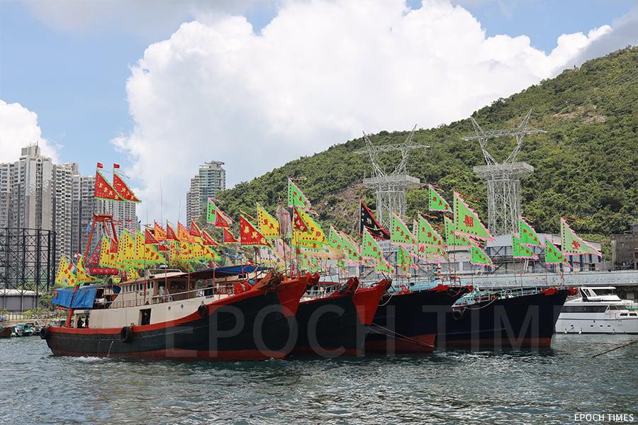漁民篤信天后,一年一度的三角天后醮誕活動,是漁民間的重要大事,也是維繫漁民感情的重要活動。(陳仲明/大紀元)