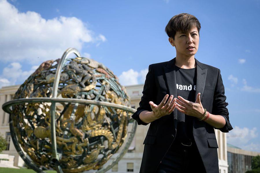何韻詩7月8日在聯合國演講之前接受《法新社》採訪資料照。(FABRICE COFFRINI/AFP/Getty Images)
