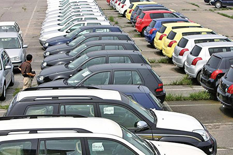 陸六月份汽車銷量降九成連跌十二個月