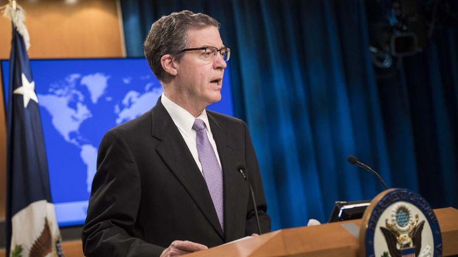 圖為美國國際宗教自由大使布朗貝克(Sam Brownback)。(Sarah Silbiger/Getty Images)