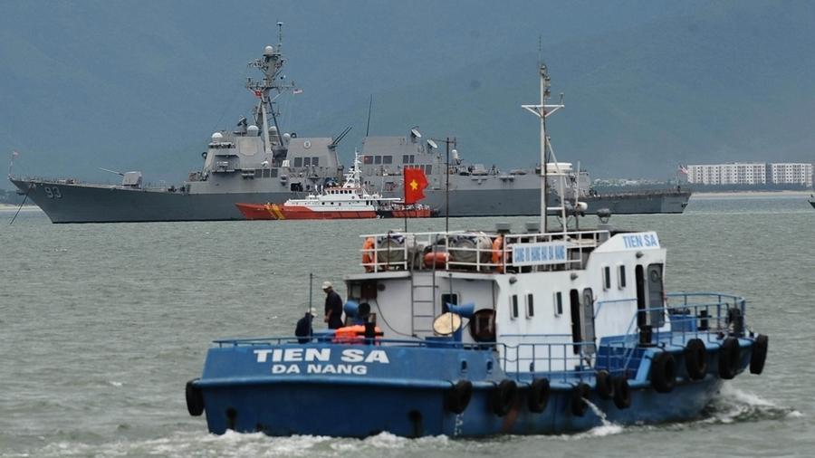 中共國防部罕見宣佈軍演 黨媒暗示有大事發生
