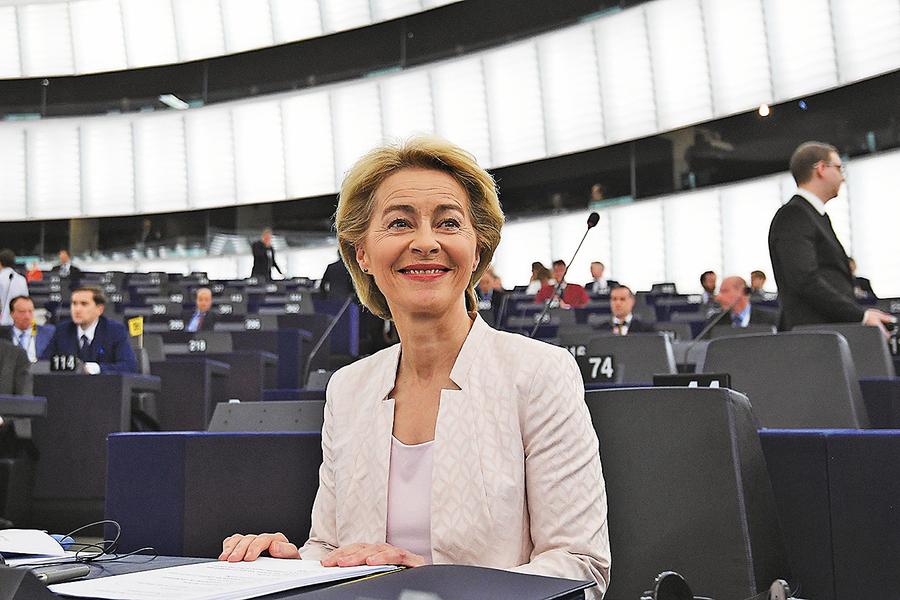 歐盟迎來首位女主席 馮德萊恩對中俄強硬