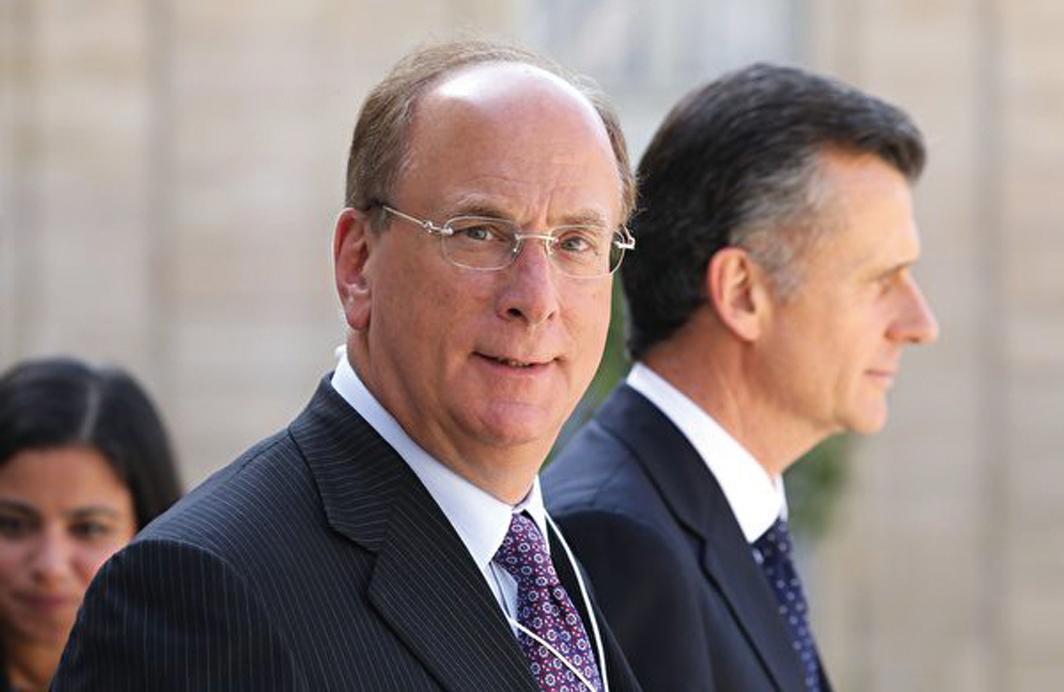 公司貝萊德的董事長兼首席執行官拉里芬克告訴CNBC,很多公司在從中國轉移,公司不會等到中美貿易戰結束。(Getty Images)