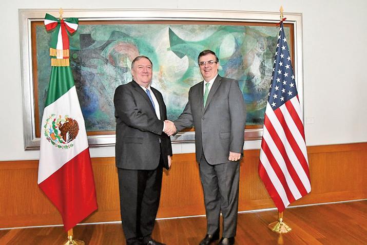 7月21日,美國國務卿蓬佩奧訪問墨西哥,並與墨西哥外長埃布拉德會面。(AFP)