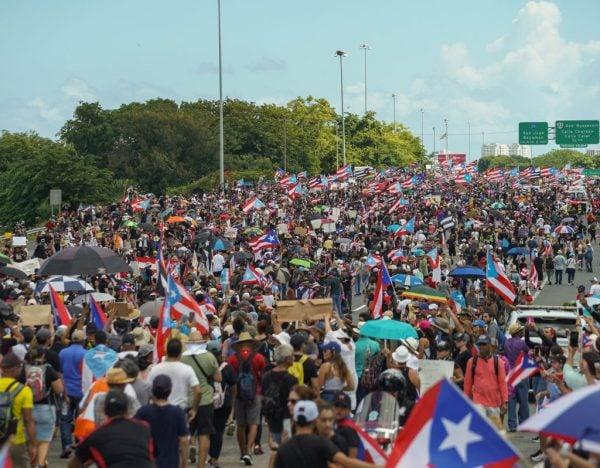 超過50萬人走上聖胡安街頭參與示威。(Angel Valentin/Getty Images)