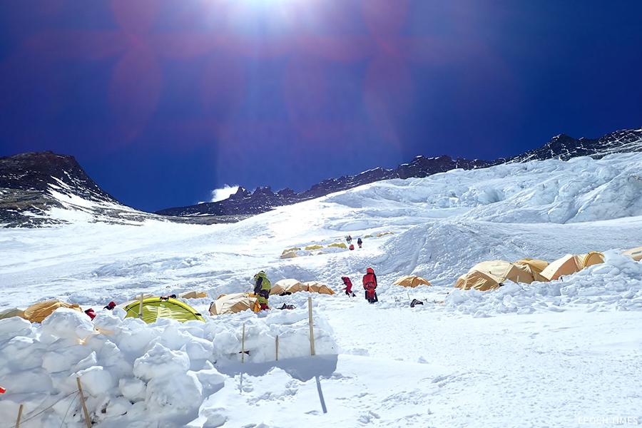洛子山峰,珠峰3號基地營區。(受訪者提供)