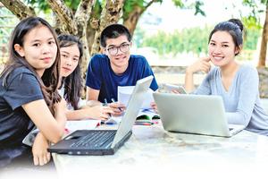 華人升學比較難? 資深教育工作者解惑