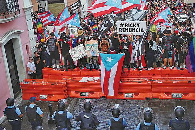 波多黎各五十萬人上街頭要求總督下台